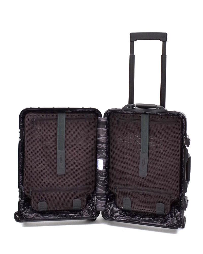 【36L】リモワ&モンクレール限定 在庫商品 スーツケース 4輪