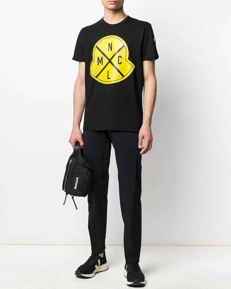 MONCLER(モンクレール) TSHIRT ロゴTシャツ ブラック×イエロー 在庫商品 13画像