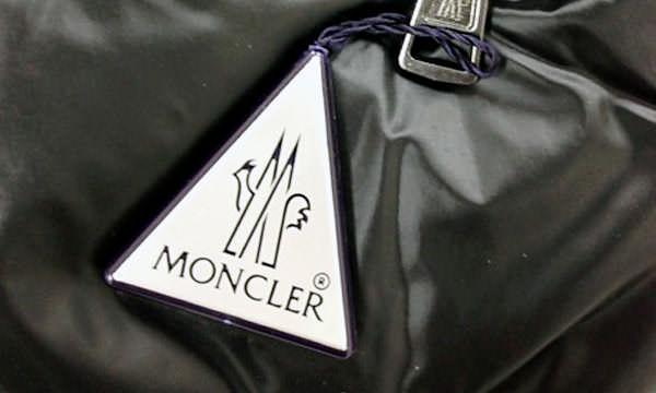 モンクレール三角タグ